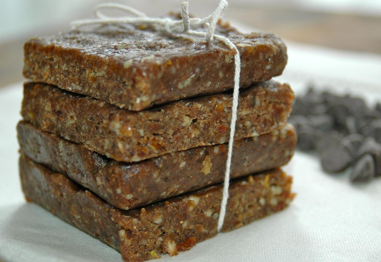 Chocolate Almond Larabars - Bites for Foodies