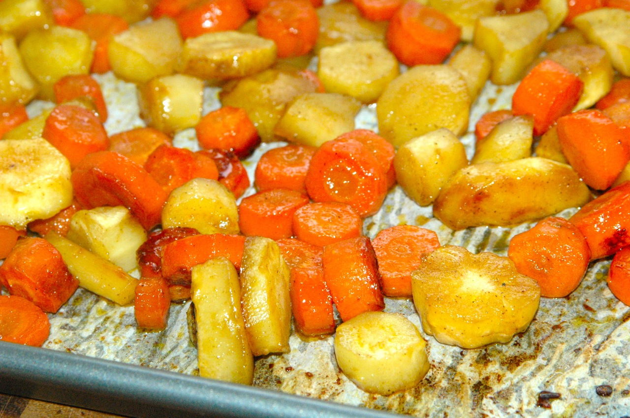 Maple-Roasted Carrots and Parsnips - Bites for Foodies
