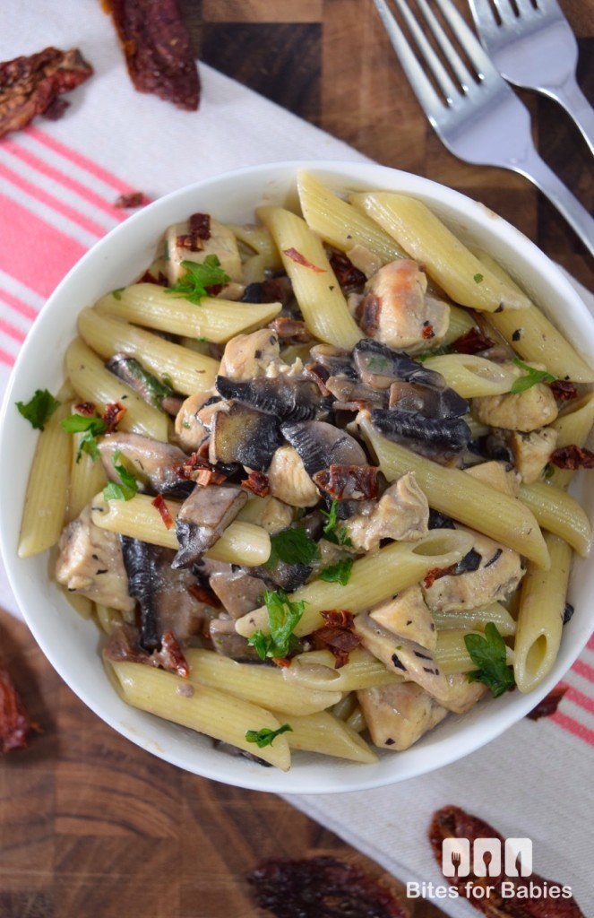 creamy chicken sundried tomato and mushroom pasta is relatively quick ...