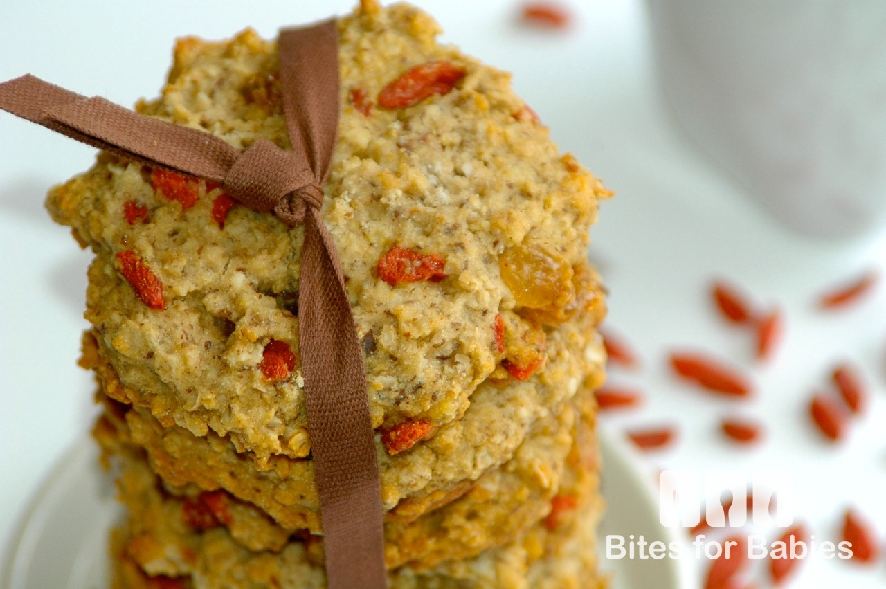 Oatmeal Goji Berry Cookies