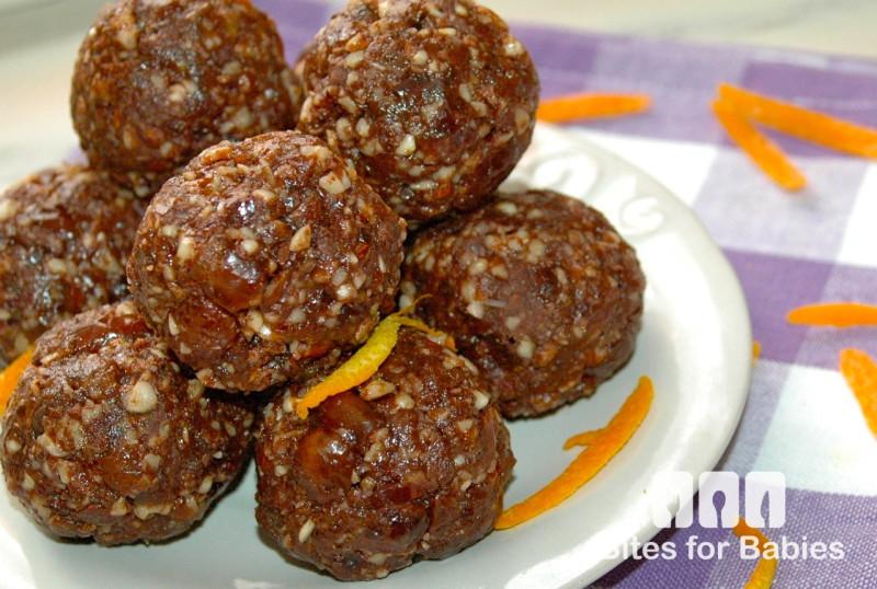 Raw Chocolate Orange Almond Bites