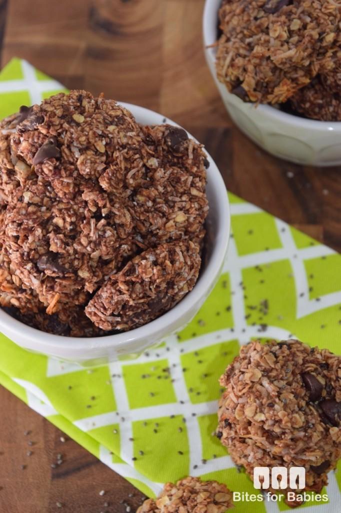 Chocolate Chia Oatmeal Cookies