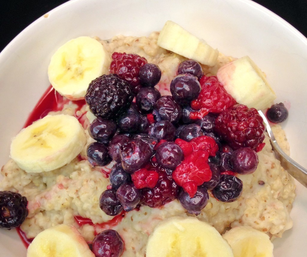 Guest Post: Flaxseed Berry Oatmeal